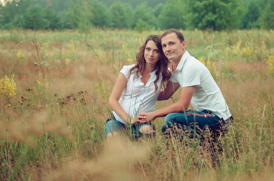 беременная фотосессия в джинсах